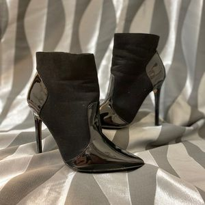 Izabella Rue ankle boots